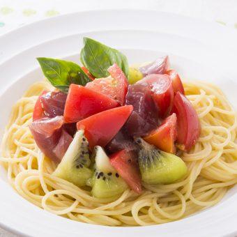 アメーラトマトと鰹の冷製パスタ